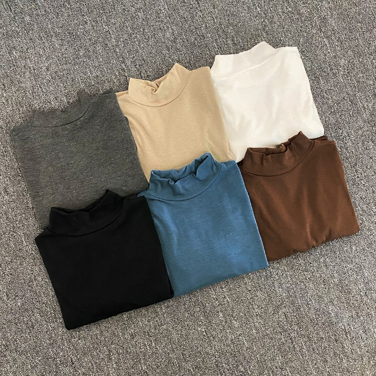 NEVERM!NDThumbhole Accent Turtleneck Top