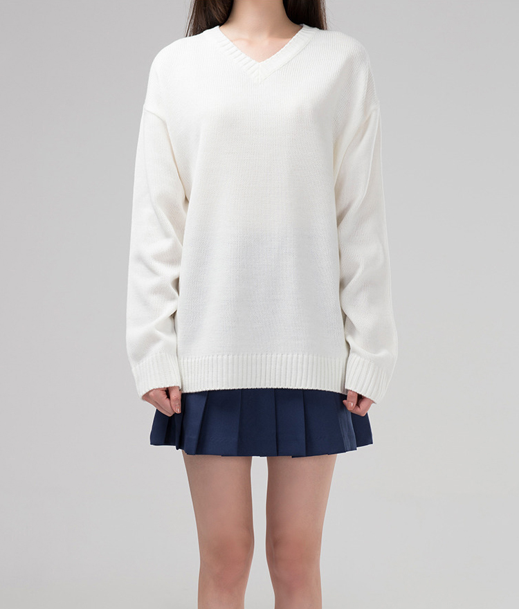 365BASICBasic Single Tone V-Neck Knit Sweater