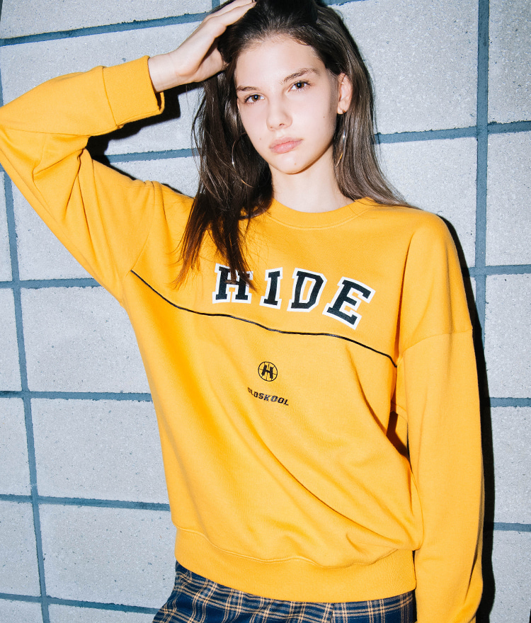 HIDEGraphic Print Piping Sweatshirt
