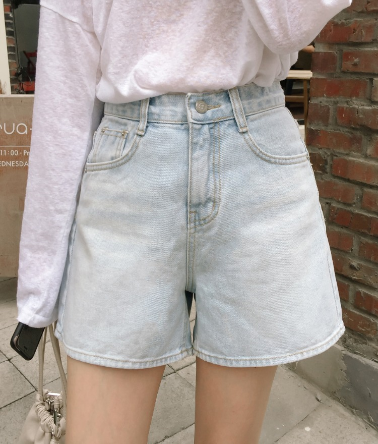 ESSAYWhisker Wash Light Blue Denim Shorts